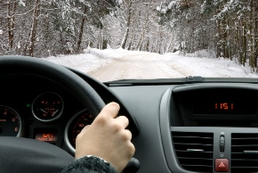 146769068_driving_in_snow